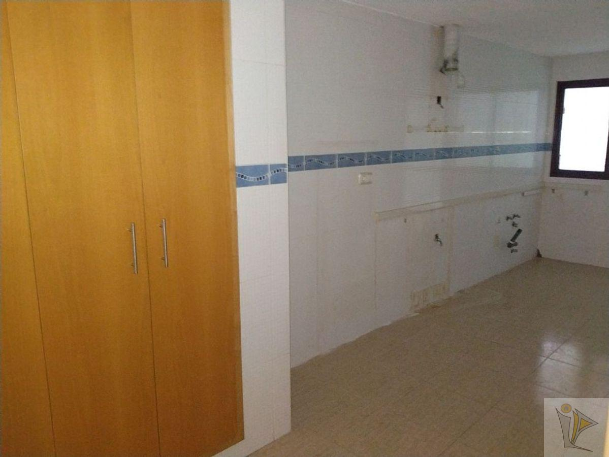 For sale of flat in Ceutí