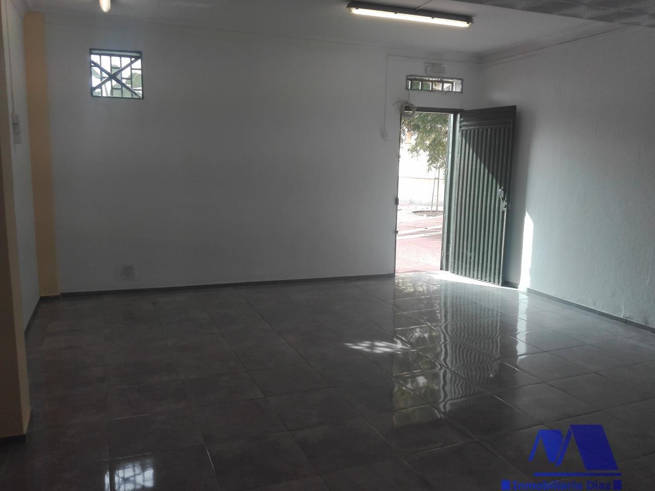 For sale of commercial in Santa Cruz
