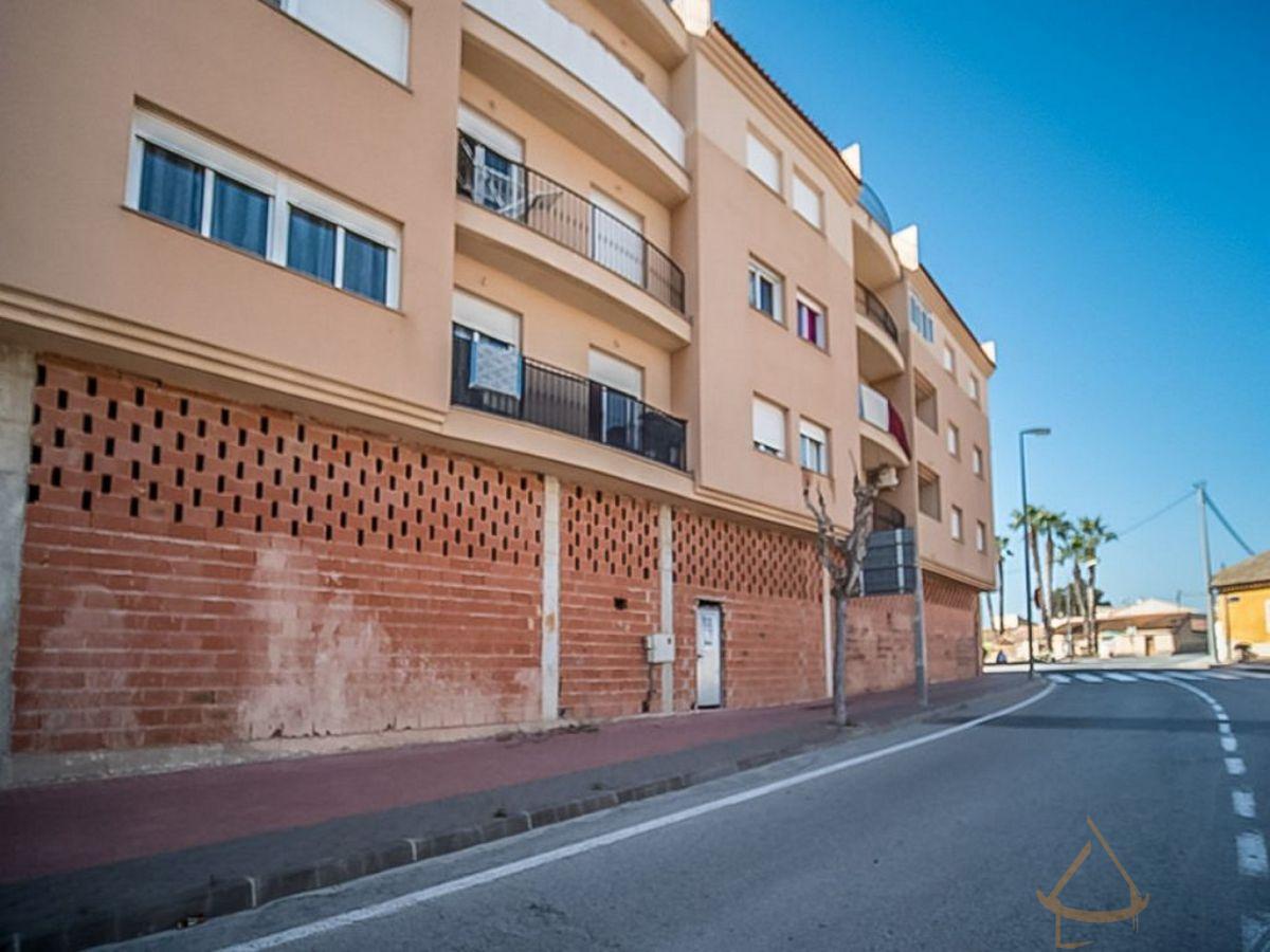 For sale of commercial in Los Martinez del Puerto