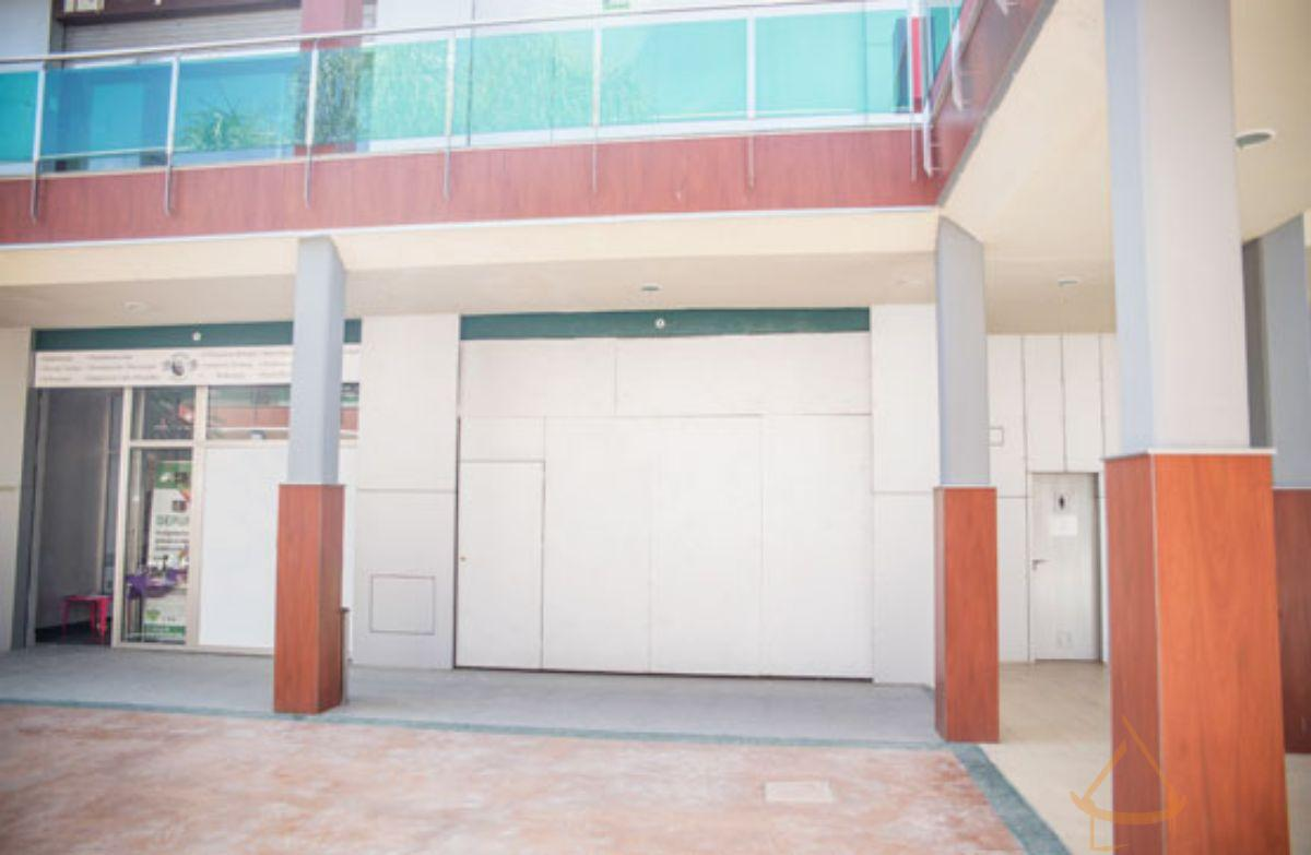 For sale of commercial in San Fulgencio