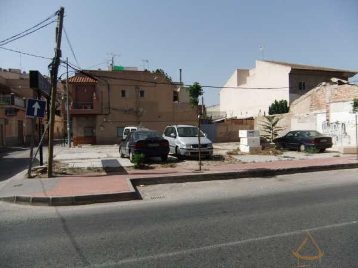 For sale of land in Puente Tocinos