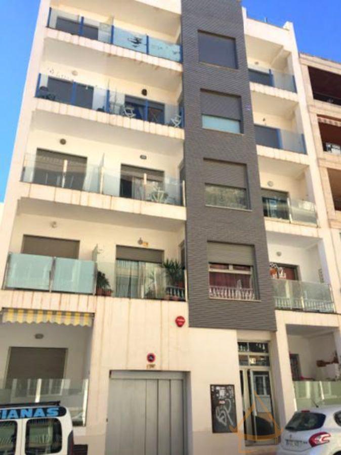For sale of apartment in Guardamar del Segura