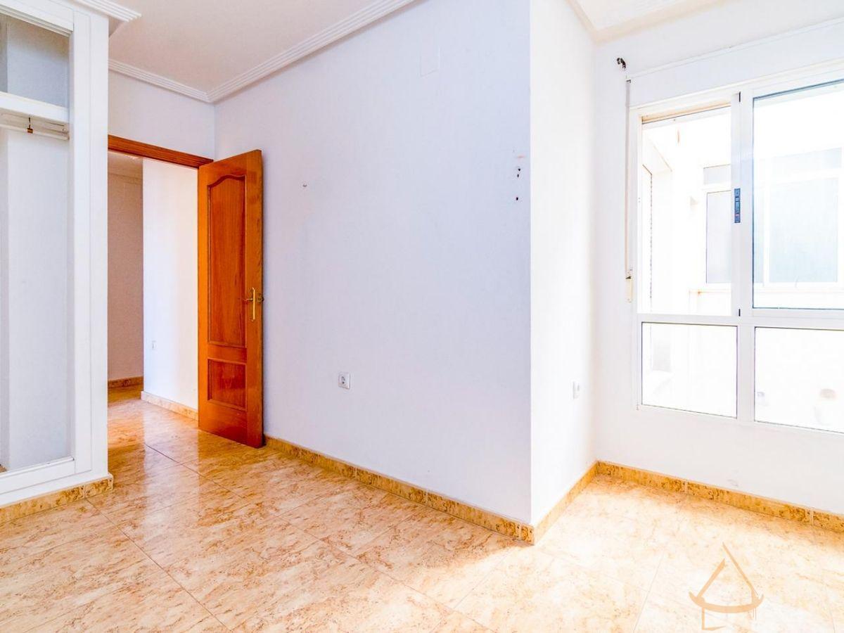 Venta de piso en Pilar de la Horadada