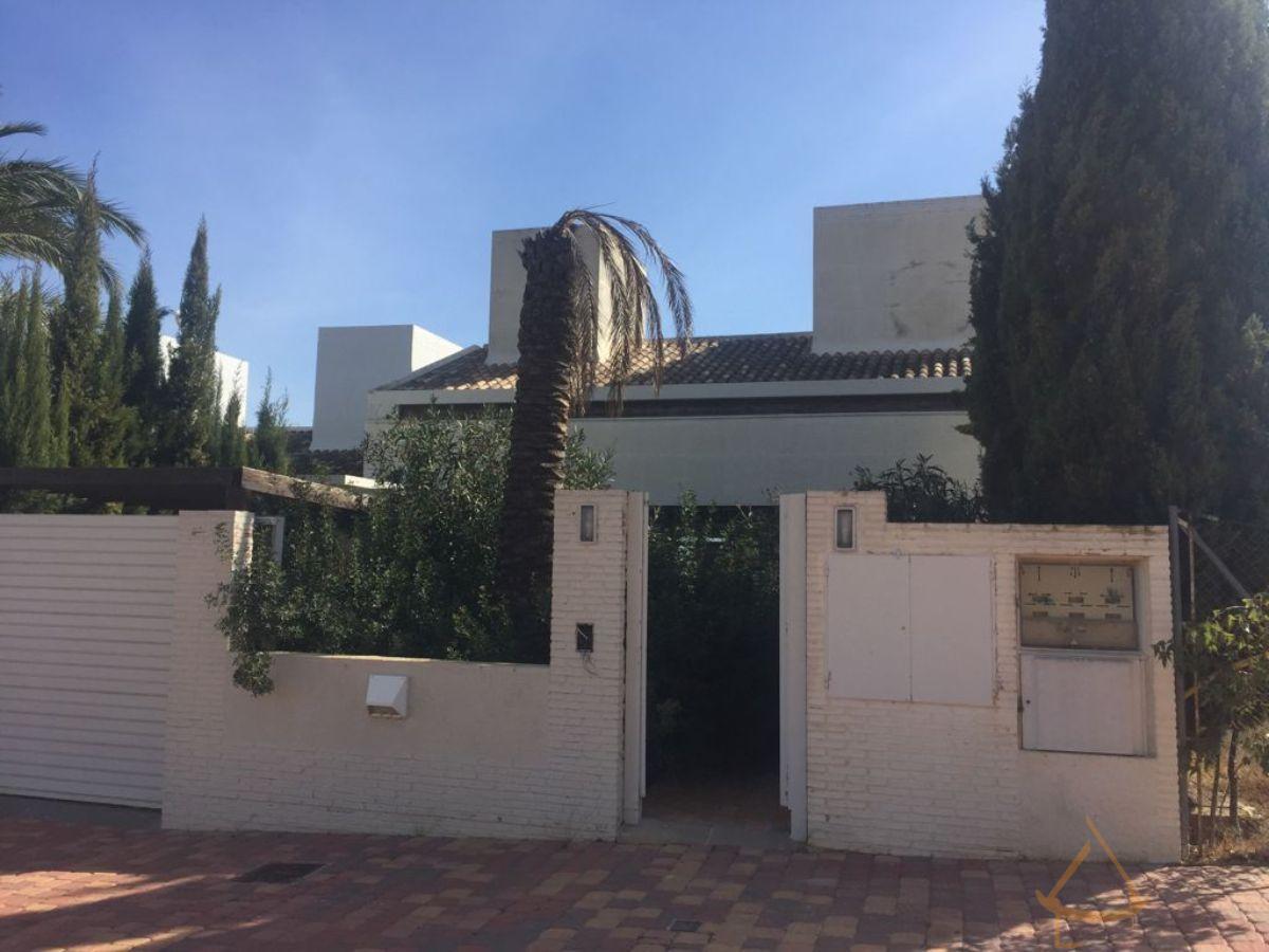 For sale of villa in Sucina