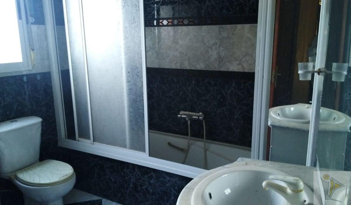 For sale of flat in Albolote