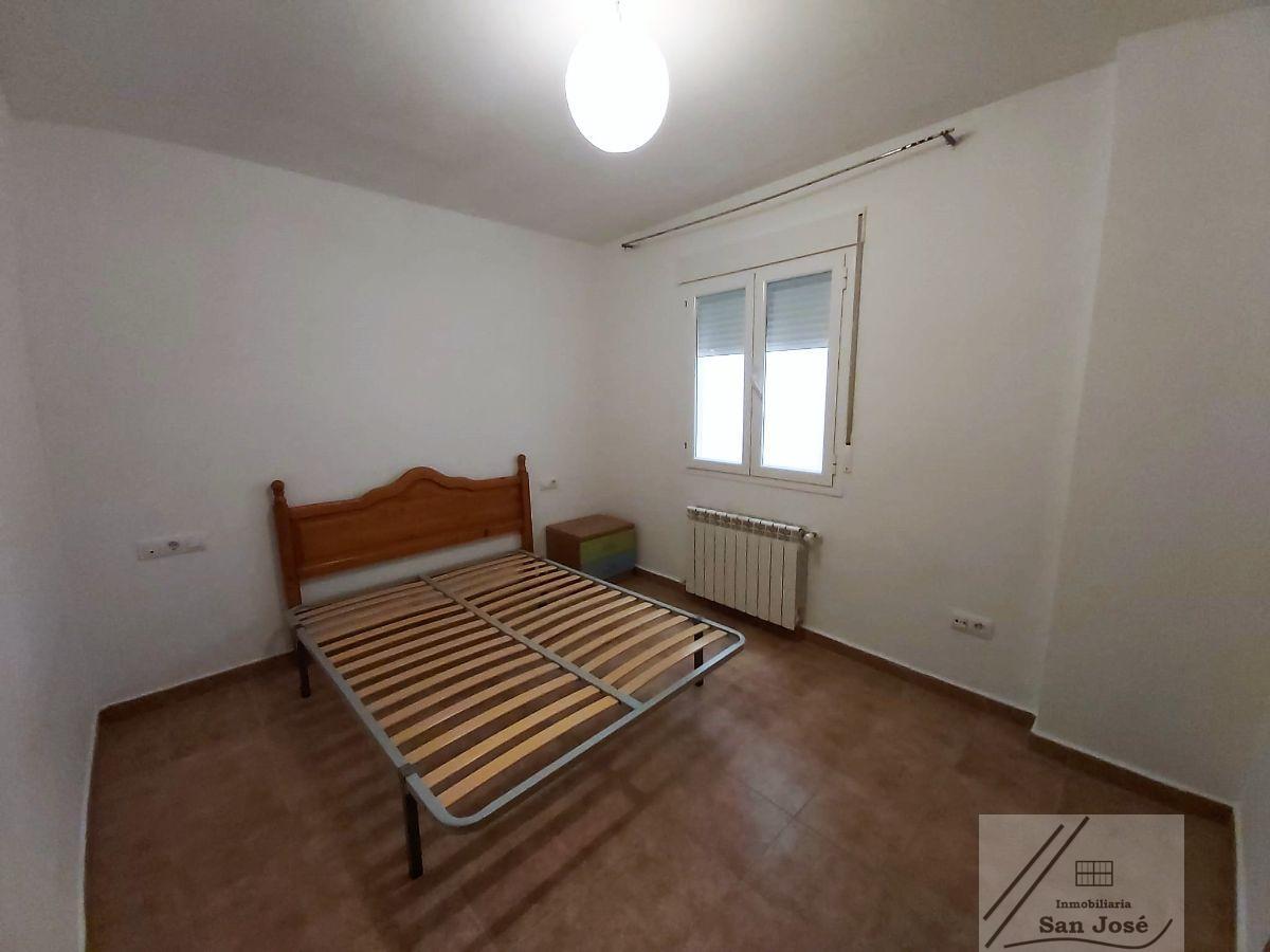 For sale of duplex in Villar de Olalla