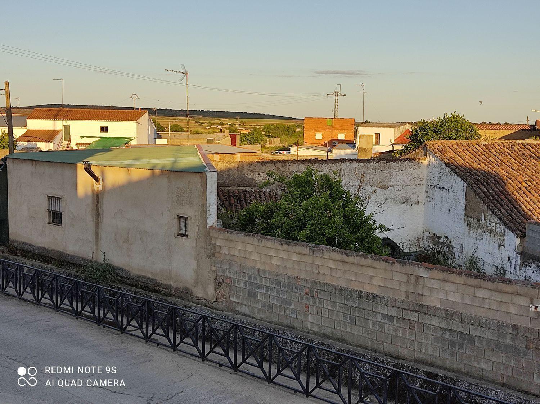 Venta de casa en Mirandilla