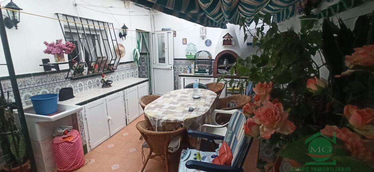 For sale of house in La Linea de la Concepcion
